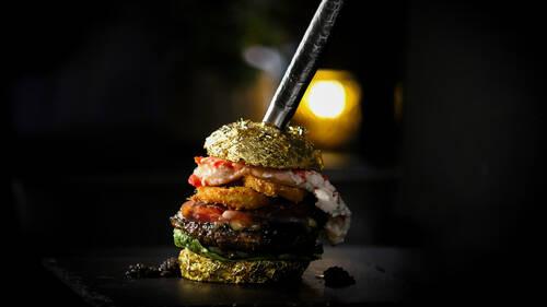 Το ακριβότερο burger του κόσμου στοιχίζει 5.000 ευρώ
