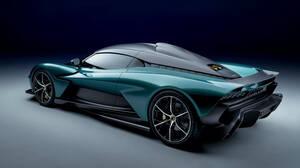 H Aston Martin Valhalla είναι μια καθημερινή έκδοση της Valkyrie
