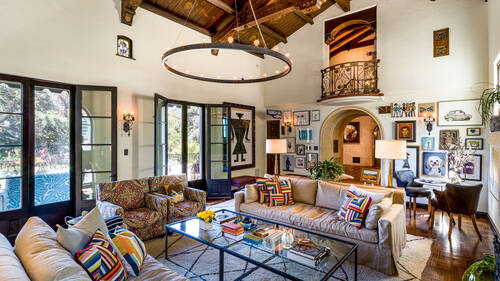 Το νέο σπίτι του Leonardo DiCaprio είναι βγαλμένο από το Once Upon a Time in Hollywood