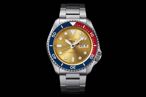 Αυτό το Seiko Sports 5 Custom είναι ο ορισμός του cool ρολογιού