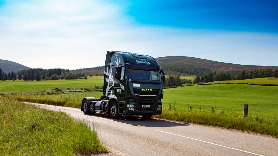 H Glenfiddich χρησιμοποιεί ό,τι περισσεύει από το ουίσκι για καύσιμο στα φορτηγά της