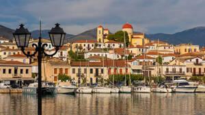 Γαλαξίδι: Η πιο όμορφη παραθαλάσσια πόλη της Ελλάδας