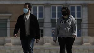 Σήμερα φοράμε μάσκα για να προστατευτούμε από τους ρύπους