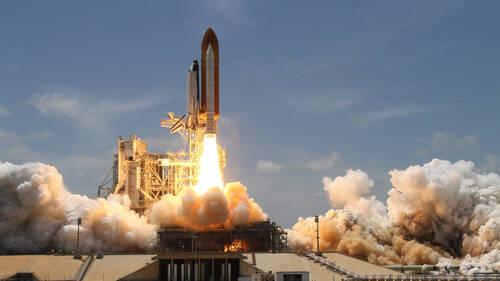 Άνοιξαν οι κρατήσεις για πτήση στο διάστημα με την Virgin Galactic