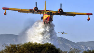 Πώς το Canadair έγινε το σύμβολο της αποτελεσματικής πυρόσβεσης
