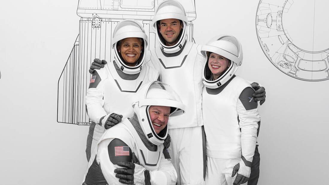 Space X: Πλέον μπορούμε να κάνουμε τουρισμό στο διάστημα
