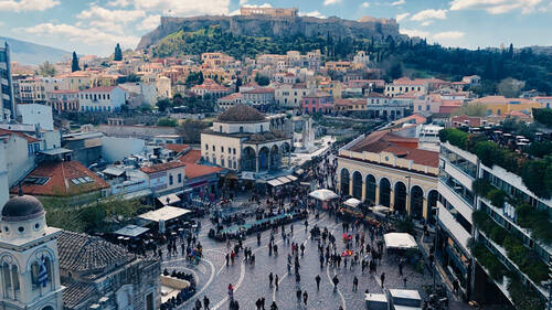 Πέντε λόγοι που το φθινόπωρο στην Αθήνα είναι η καλύτερη εποχή για after work ραντεβού