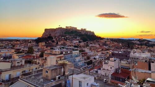 Πες μας ποια έχεις ως αγαπημένη αθηναϊκή γειτονιά, να σου πούμε ποιο είναι το perfect match σου