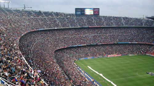 Δέκα φωτογραφίες που εξυμνούν την επιβλητικότητα του Camp Nou