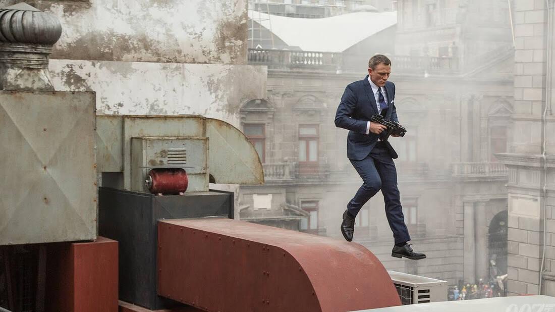 O Daniel Craig γύρισε την πιο δύσκολη σκηνή του ως James Bond με σπασμένο πόδι