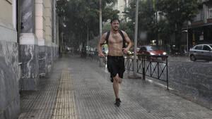 Η βροχή στην Ελλάδα έχει δικούς της κανόνες