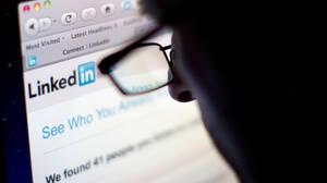LinkedIn: «Πώς κατάφερα να βγω περισσότερα ραντεβού από ότι στο Tinder»