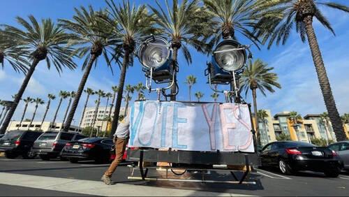 Hollywood: Τι συμβαίνει και πάει σε απεργία;